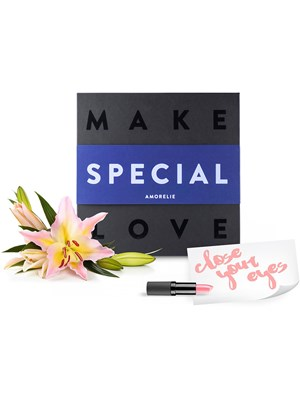 Amorelie: Make Special Love, Suprise Box for Couples